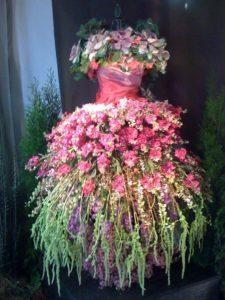 vestito di fiori selvatici