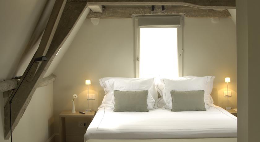 Hotel Julien antwerp 1