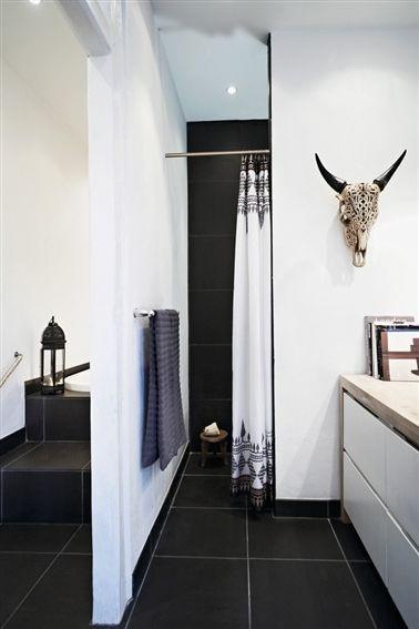 Naja Munthe bathroom