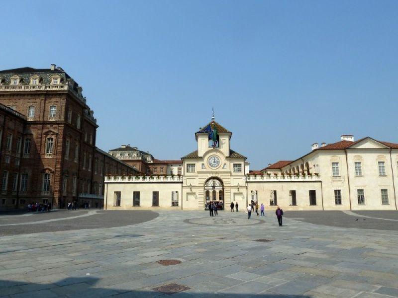 monumenti-luoghi-interesse-storico-artistico-venaria-reale-reggia
