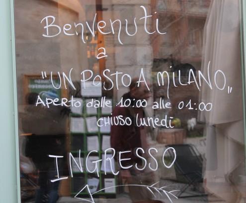 Un posta a Milano, Ristorante