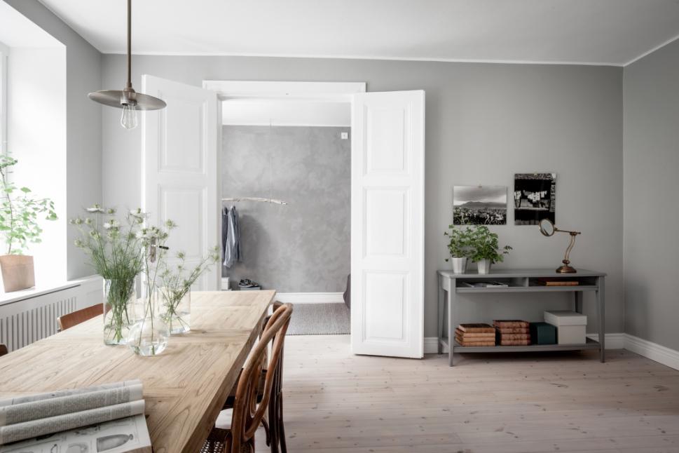 Interni con cemento e legno