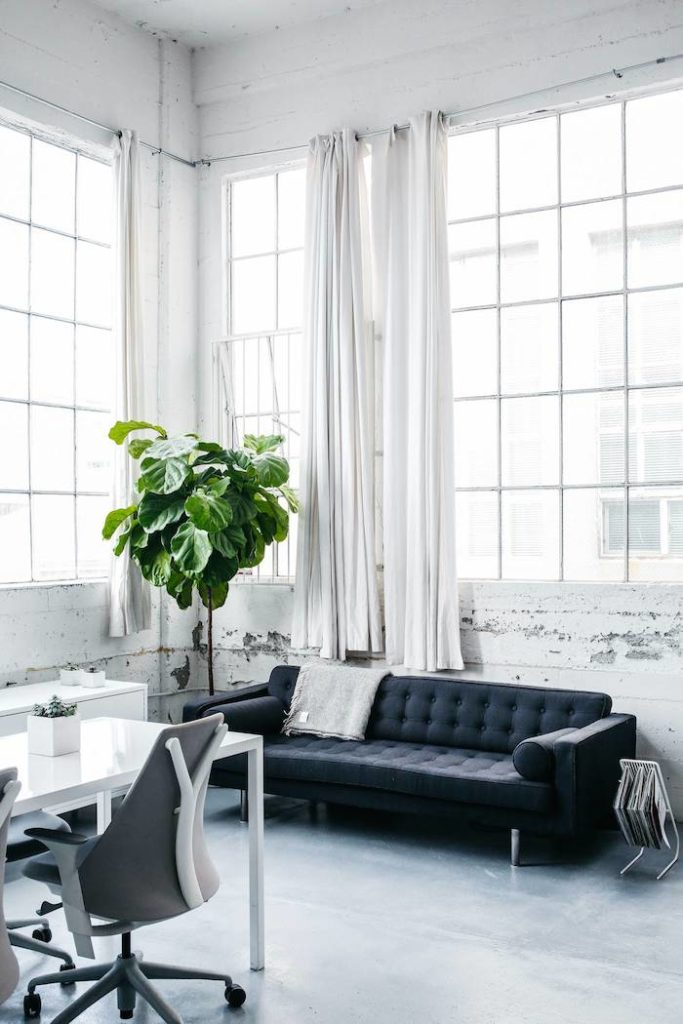 Un ufficio da sogno in uno spazio industriale