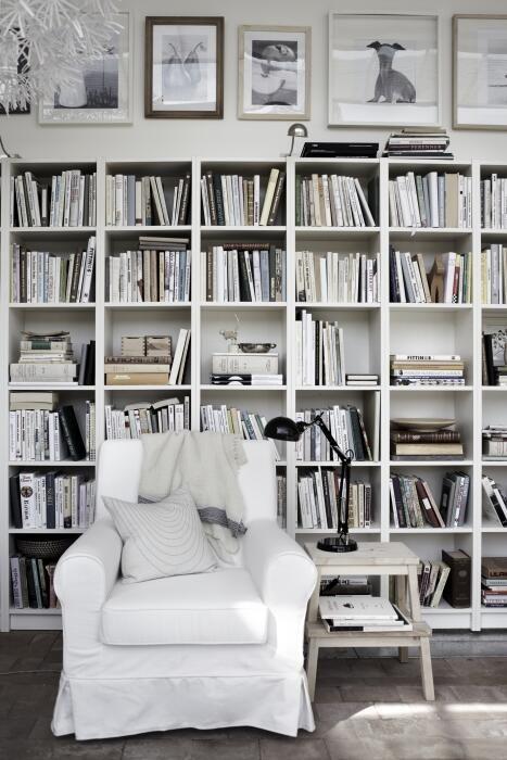 Decor tips il posto dei libri in the mood for design - Libreria billy ikea ...