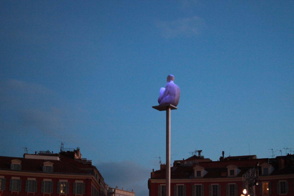"""Conversation a Nice"" by Jaume Plensa"