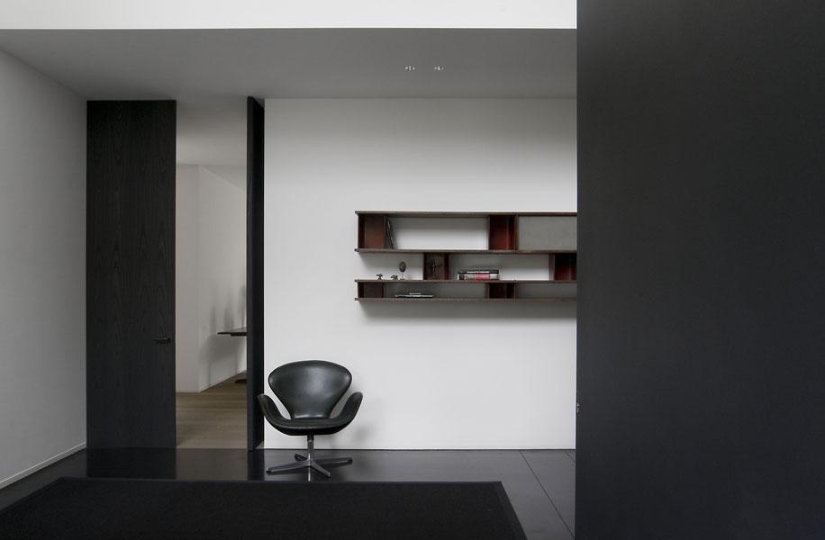 Una casa dalle vetrate immense in the mood for design for Desinging una casa