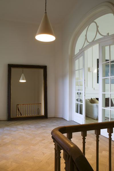 Una casa belga dallo stile classico in the mood for design for Costruire una casa in stile cottage