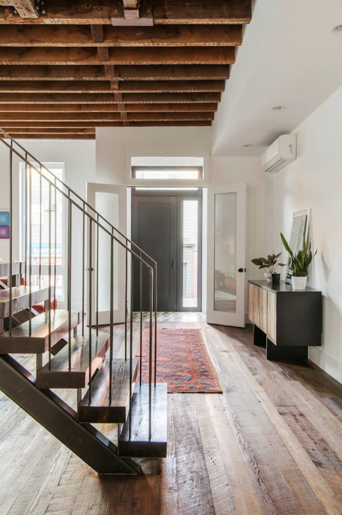 Stile industriale per una casa newyorkese