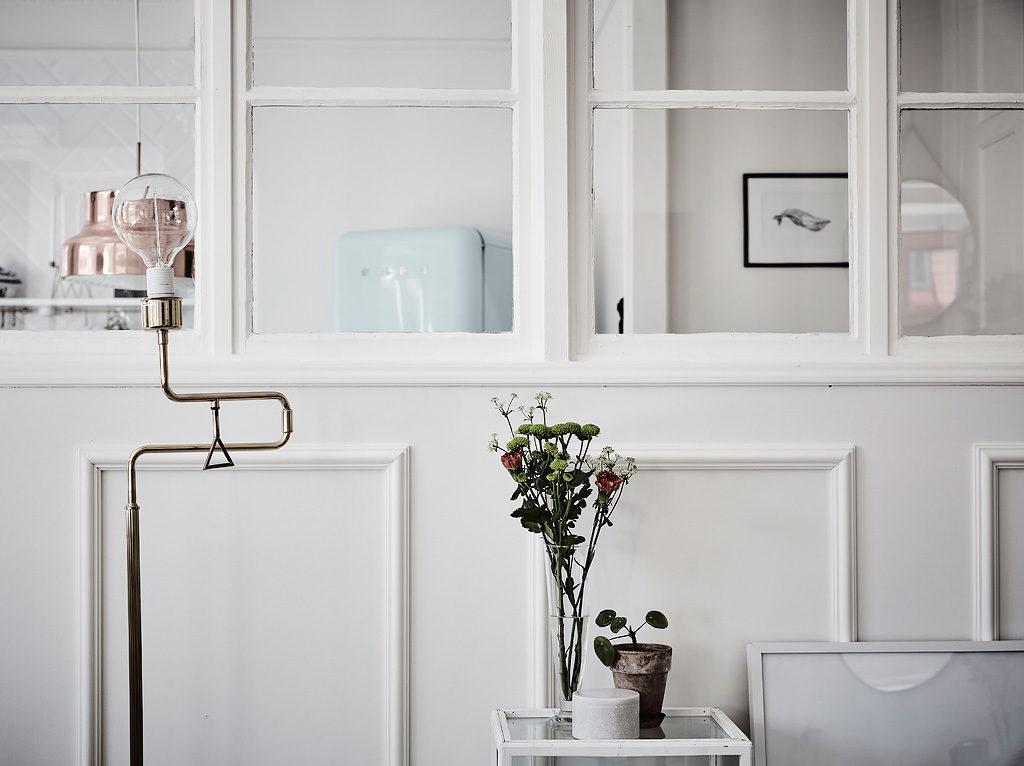 Una parete divisoria in vetro e legno in the mood for design - Parete divisoria in legno ...