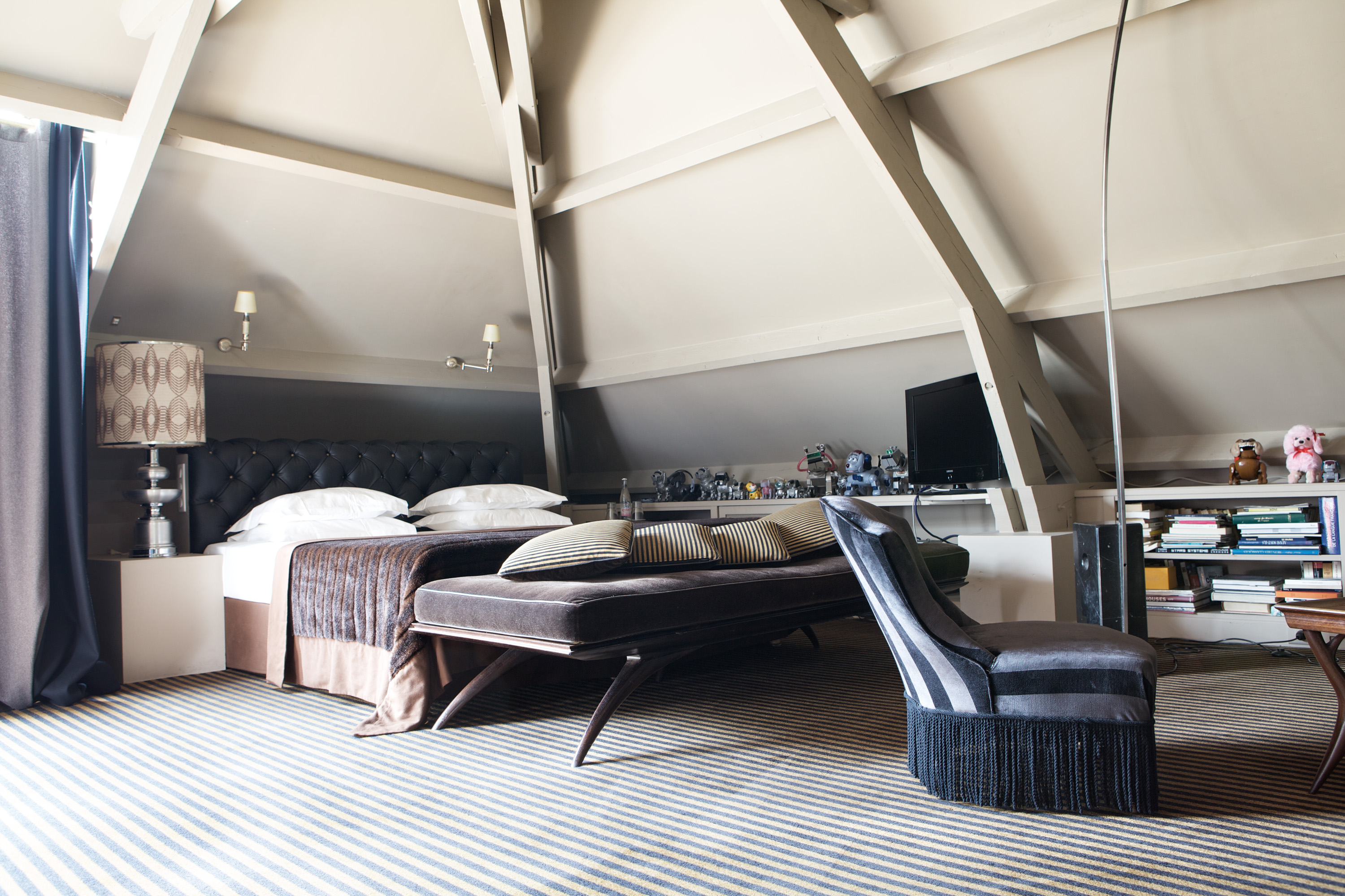 Hotel particulier montmartre a parigi in the mood for design for Design hotel parigi