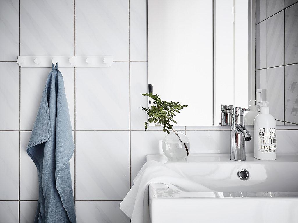 casa in total white bagno
