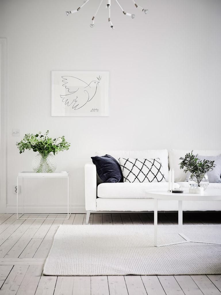 casa in total white divano