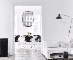 Bianco e nero per una casa a Copenhagen