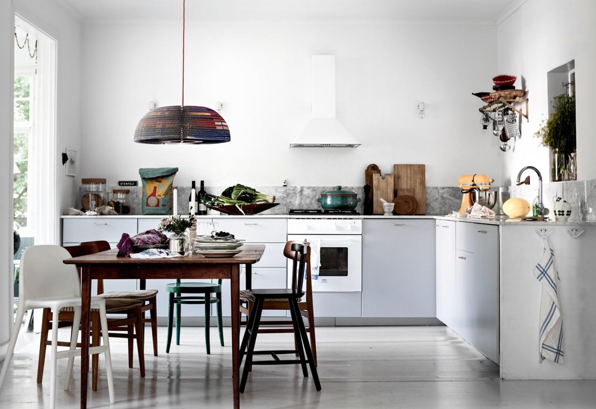 Colori pastello per una casa con veranda in the mood for - Colori per casa ...
