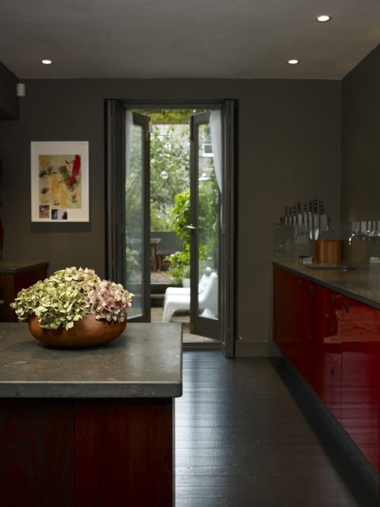 un appartamento dagli intensi colori autunnali