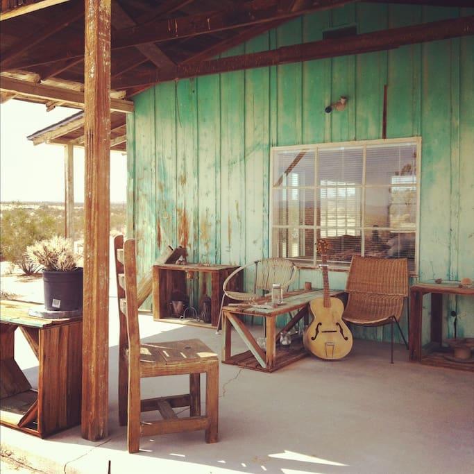 Joushua Tree Cabin 2
