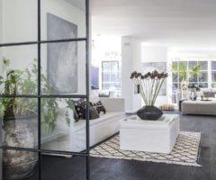 L'impeccabile restyling di una casa danese