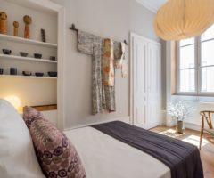 Airbnb series: massimalismo e colore a Lione