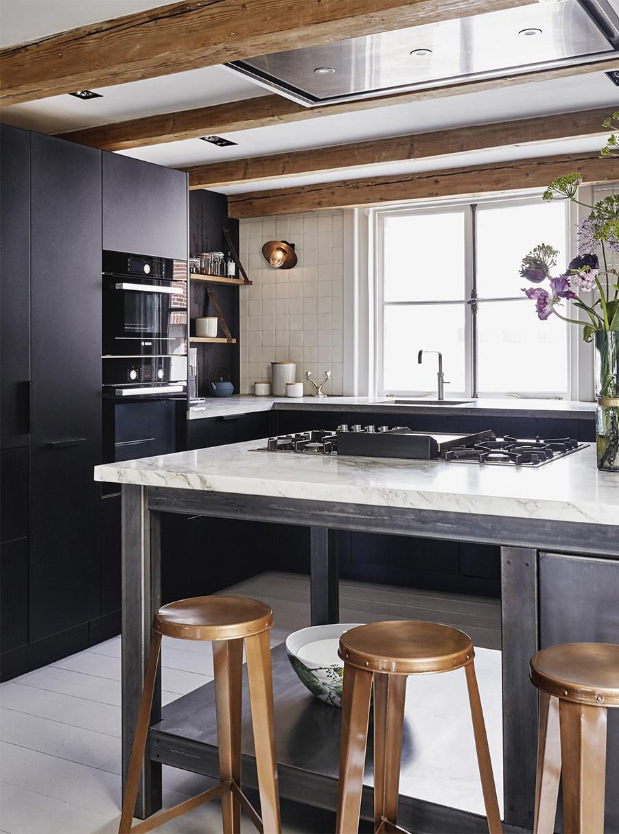 Interior inspirations travi a vista per una casa sui for Piani casa costruiti per una vista