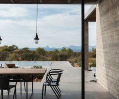 Summer Holidays: una casa minimalista dal fascino vintage