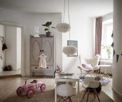 Spotlight on color: mix di toni neutri per un appartamento dall'atmosfera serena