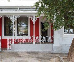Sognando l'estate: una casa vittoriana si trasforma in una guesthouse colorata a Capetown