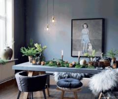 Un interno grigio vestito a festa