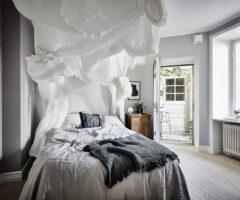 Una romantica camera da letto