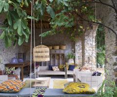Spotlight on color: l'impeccabile utilizzo del colore in una maison d'hôtes d'altri tempi