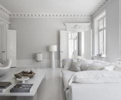 Spotlight on color: dettagli d'epoca e design iconico + total white