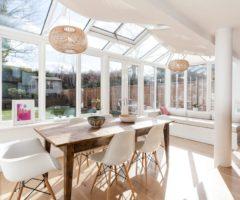 Airbnb series: una casa londinese piena di luce affacciata sul giardino