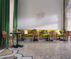 Hotel selection: Hotel du Cloitre, la Provenza etno pop della designer India Mahdavi