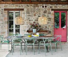 Spotlight on color: una casa di campagna che punta tutto sul colore