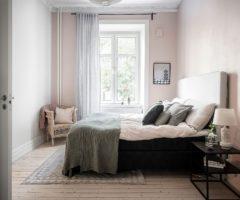 Spotlight on colors: una parete tutta rosa per una stanza da letto romantica