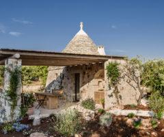 Vacanze Italiane: la ristrutturazione di un antico trullo a Ostuni
