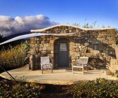 Vacanze italiane: un dammuso con vista mozzaffiato a Pantelleria