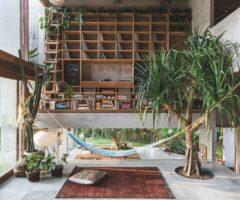 Go green: una casa brutalista su un'isola tropicale