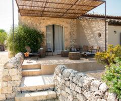 Vacanze italiane: Casa del Baccio, un rifugio di charme nelle campagne di Ispica
