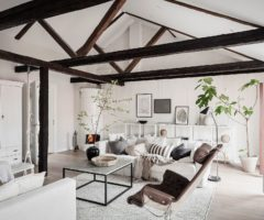 Interior Inspiration: un magnifico sottotetto declinato nei toni neutri