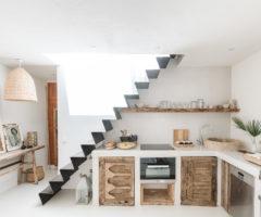 Interior Inspiration: un piccolo appartamento vista mare nel centro della vecchia Ibiza
