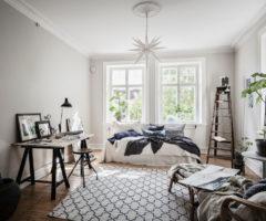 Tiny&cozy: un monolocale con cucina luminoso e accogliente